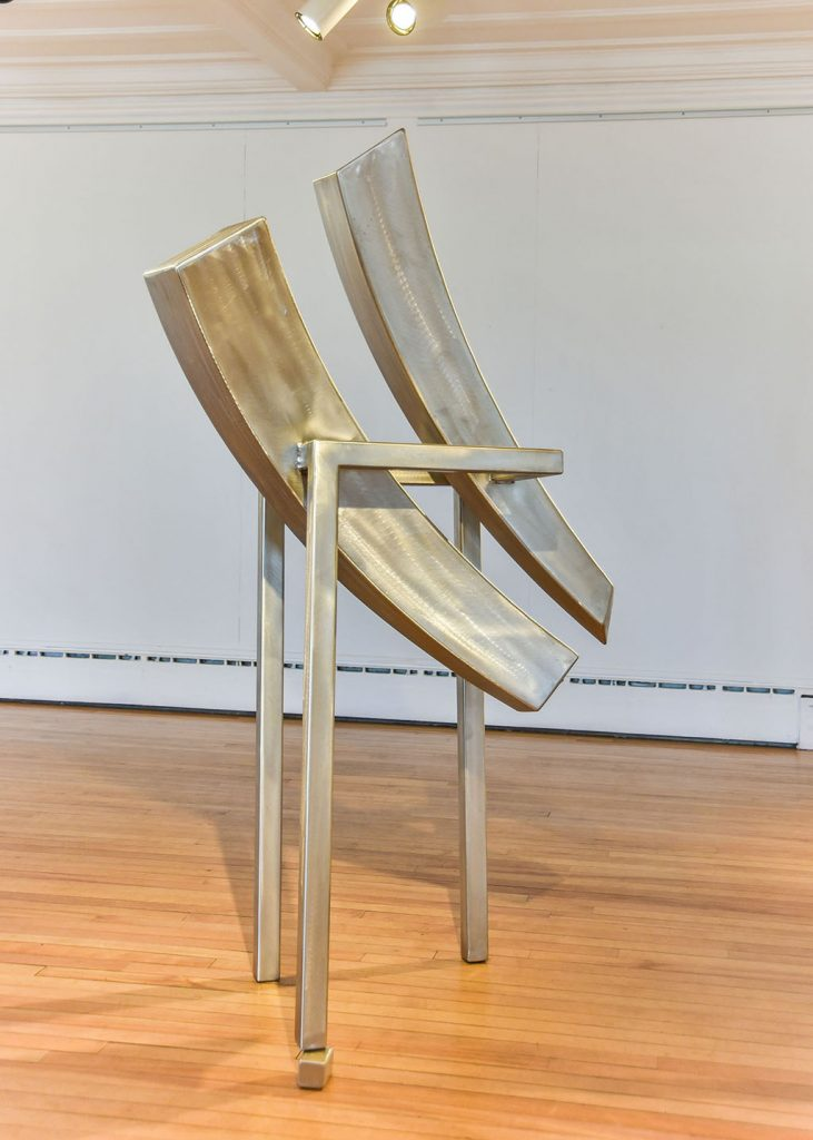 Æquilibrium III, 2016, acier inoxydable, 180 x 80 x 80 cm