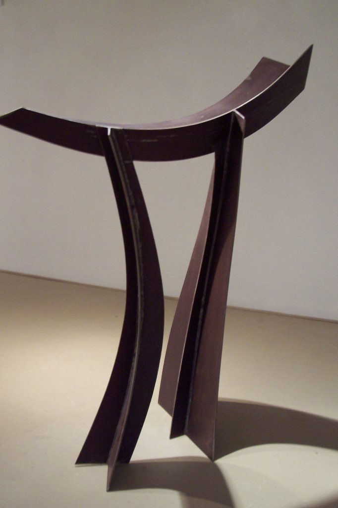 La valse, 2007, acier corten, 160 x 160 x 45 cm