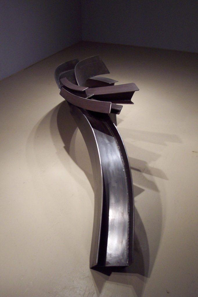 Au fil de l'eau, 2008, acier corten, 270 x 50 x 60 cm