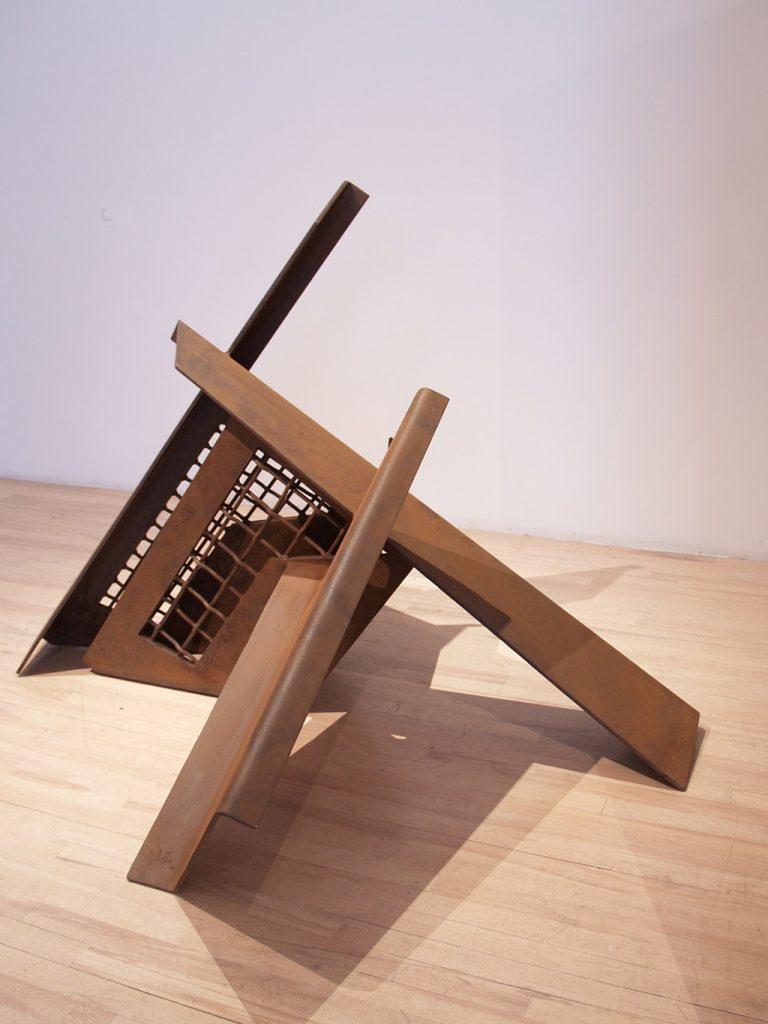 Solution, 1986, acier, 117 x 170 x 156,5 cm