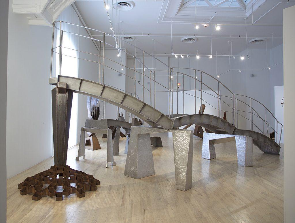 Passerelle et Portance, 2005-2006, acier inoxydable, acier, 300,5 x 921 x 490 cm